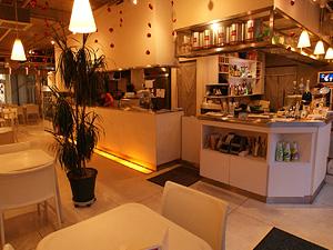 cafe flower 【横浜ベイエリア】