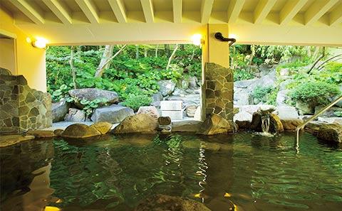ホテル ザ・パヴォーネCLUB ROOMグランプBBQパーク 露天風呂