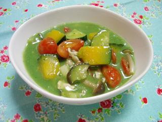 夏野菜チキングリーンカレー