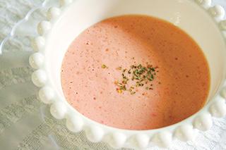潤いトマトの冷製スープ
