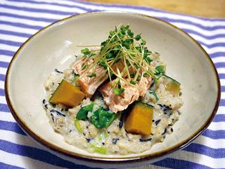 鮭と玄米の豆乳リゾット
